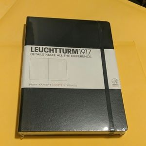 Leuchtturm1917 Dotted Notebook in Black